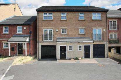4 Bedrooms Semi Detached House for sale in Holywell Heights, Sheffield, South Yorkshire