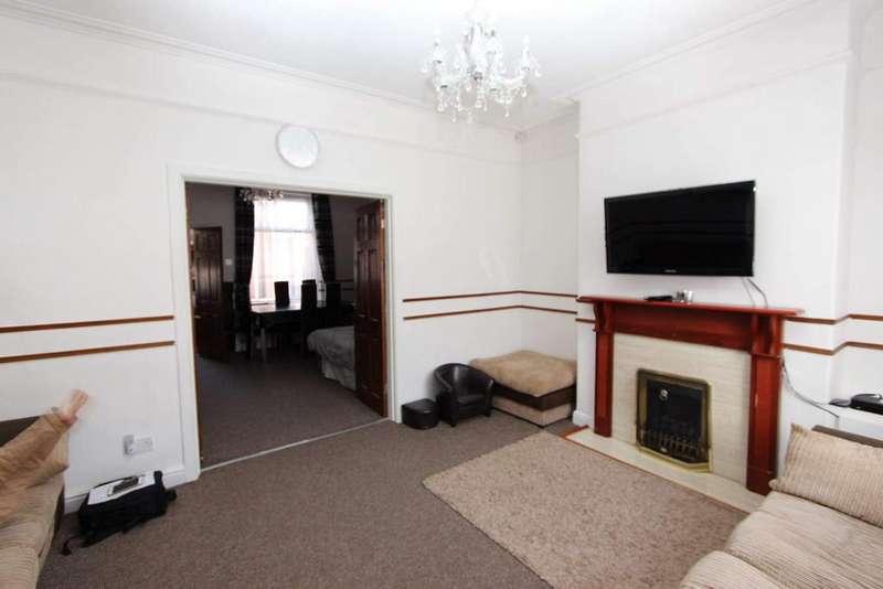 3 Bedrooms Terraced House for sale in Crawford Street, Kingsway, Rochdale