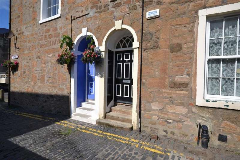 2 Bedrooms Apartment Flat for sale in 20A Academy Street, Ayr, KA7 1HS