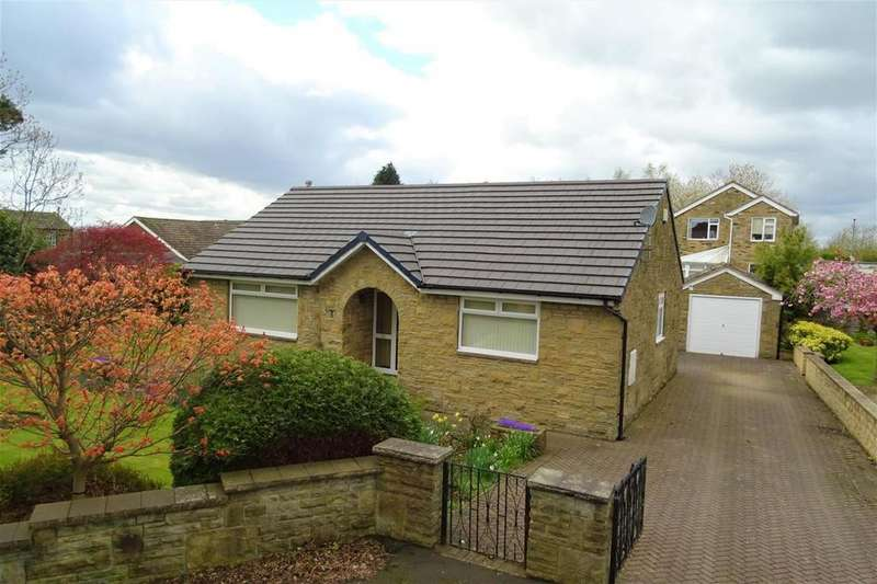 3 Bedrooms Detached Bungalow for sale in Shirley Road, Little Gomersal, Cleckheaton, BD19
