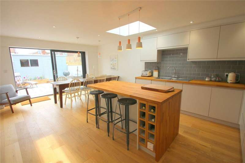 4 Bedrooms End Of Terrace House for sale in Victoria Place, Bedminster, Bristol, BS3