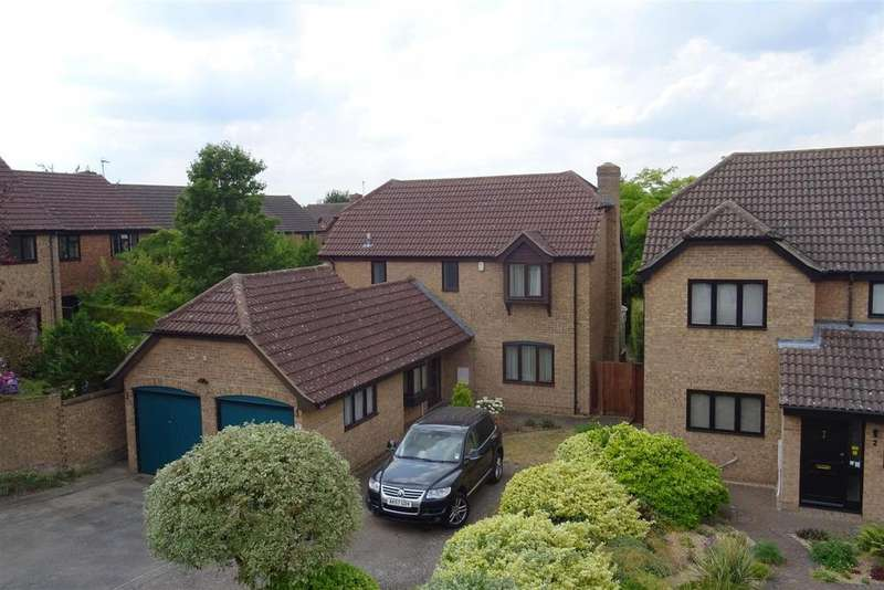 4 Bedrooms Detached House for sale in Coltsfoot Close, Cambridge