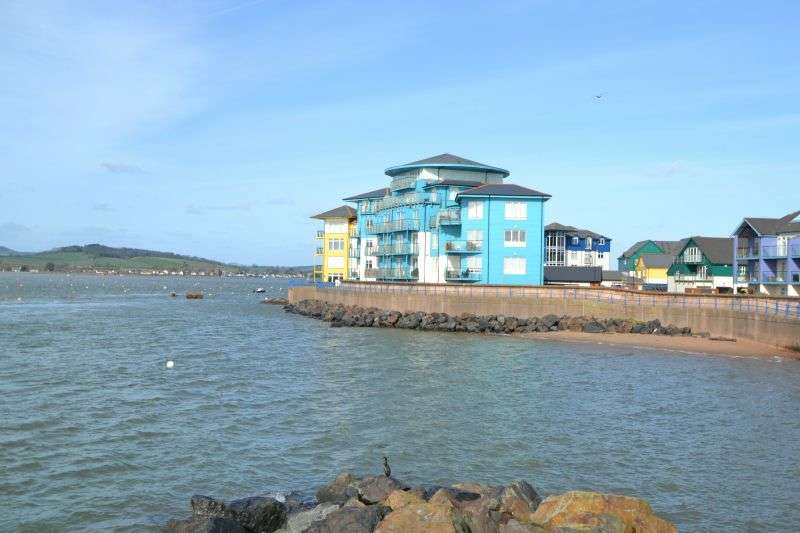 3 Bedrooms Flat for sale in SPINNAKERS, SHELLY ROAD, EXMOUTH