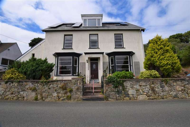 6 Bedrooms Detached House for sale in Goodwick Fishguard