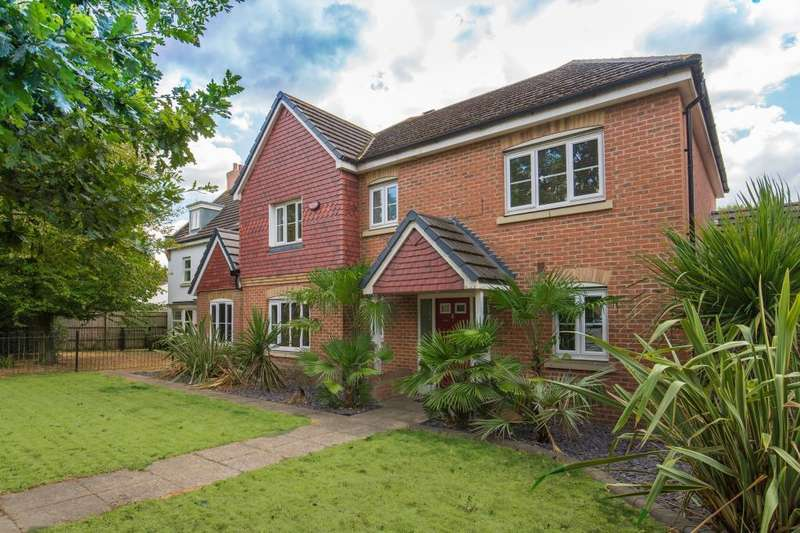 4 Bedrooms Detached House for sale in Wexham, Berkshire, SL3