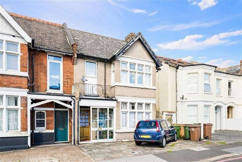 5 Bedrooms Semi Detached House for sale in Carshalton Road, Sutton