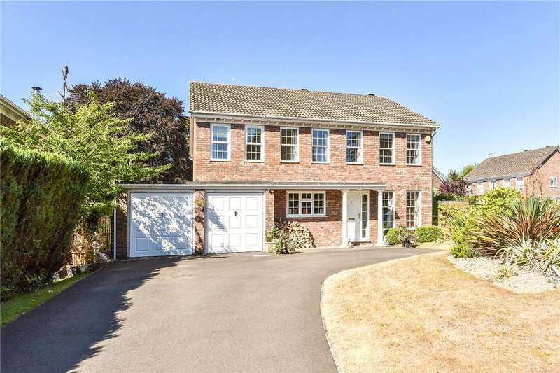 5 Bedrooms Detached House for sale in Dukes Close, Alton, Hampshire
