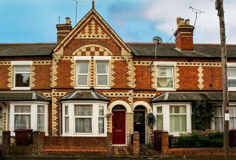 3 Bedrooms Terraced House for sale in Coventry Road, Reading