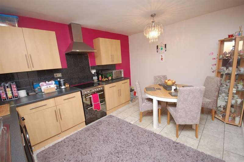 3 Bedrooms Terraced House for sale in Langford Way, Kingswood, Bristol, BS15 9PD