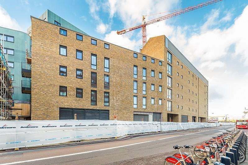 1 Bedroom Apartment Flat for sale in The Ram Quarter, London SW18