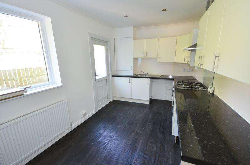 3 Bedrooms Semi Detached House for sale in Bog Road, Banknock