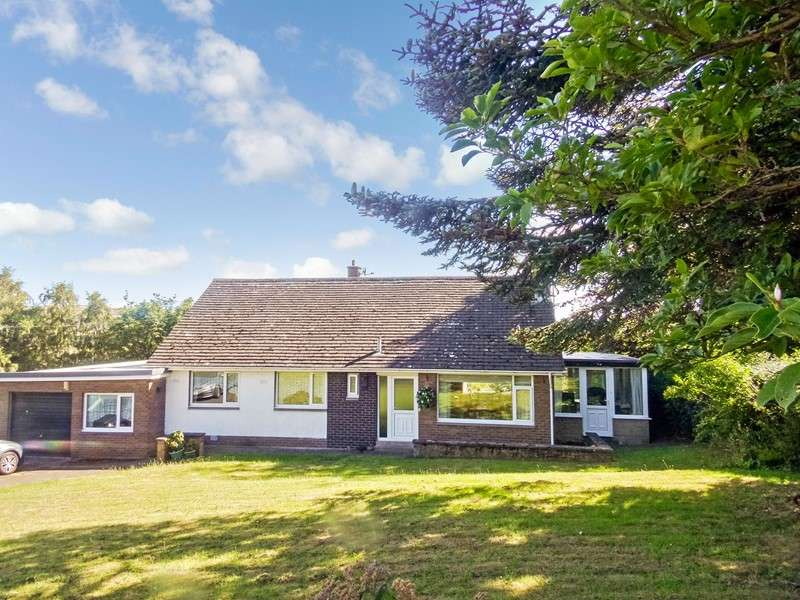 3 Bedrooms Bungalow for sale in Victoria Road, Wooler, Northumberland, NE71 6DX