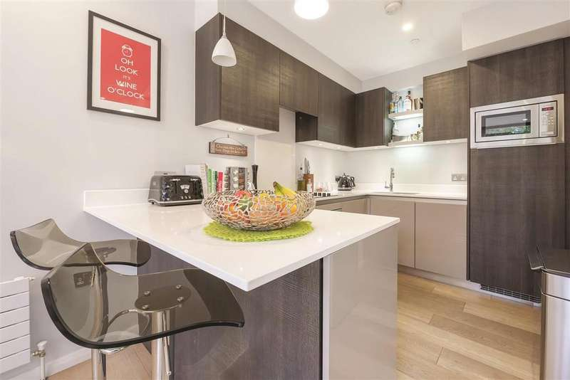 2 Bedrooms Mews House for sale in Kings Head Passage, SW4