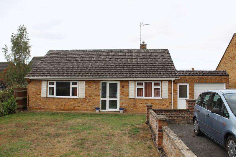 2 Bedrooms Detached Bungalow for sale in Fane Close, Stamford