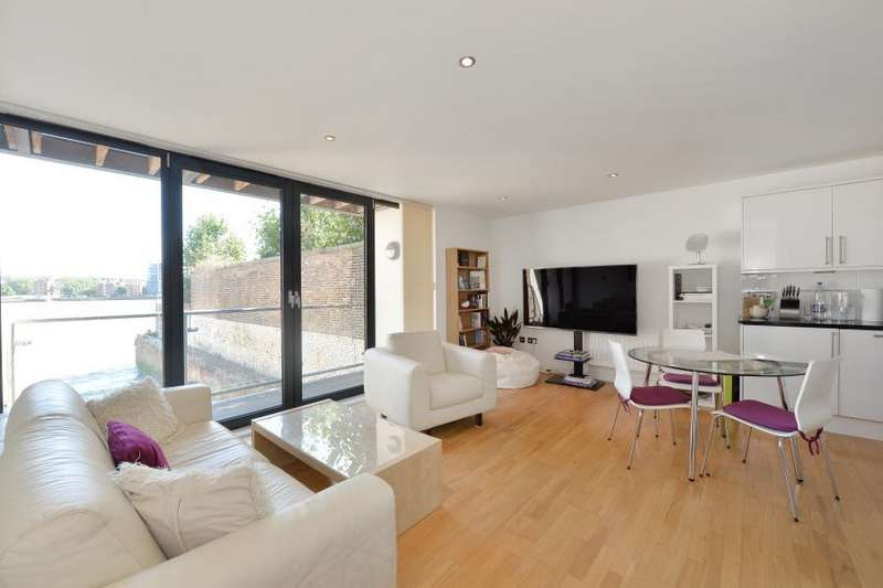 2 Bedrooms Apartment Flat for sale in Boatyard Apartments Ferry St E14