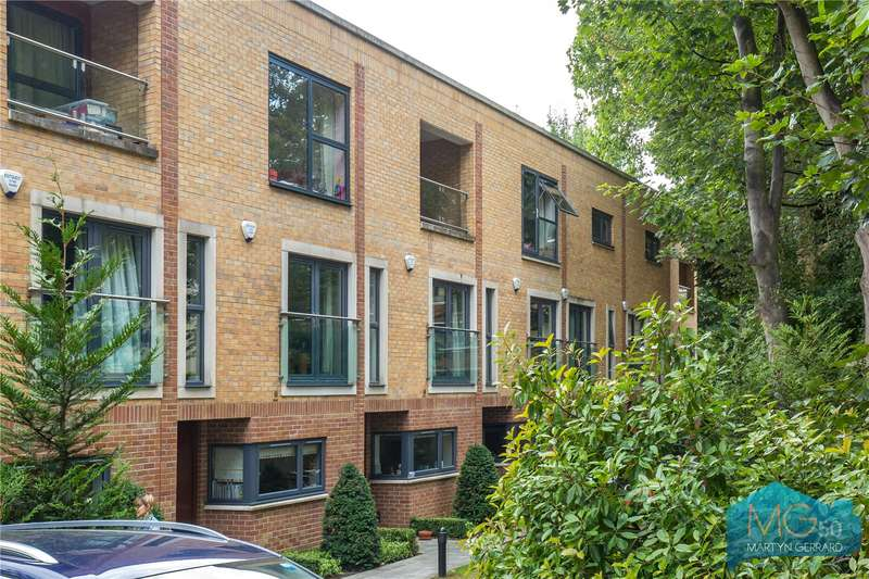 3 Bedrooms Terraced House for sale in Mount Pleasant Villas, Stroud Green, London, N4