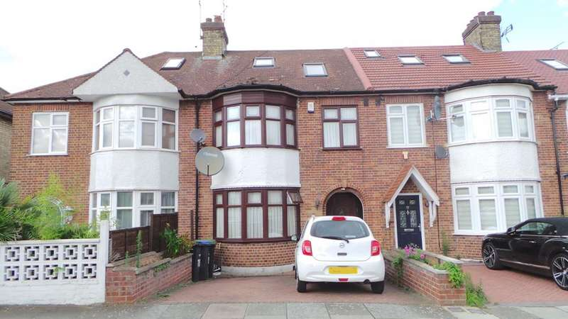 4 Bedrooms Terraced House for sale in Weir Hall Gardens, Edmonton, London, N18