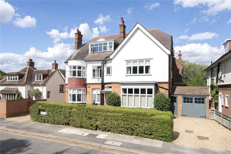 2 Bedrooms Flat for sale in Calonne Road, London, SW19
