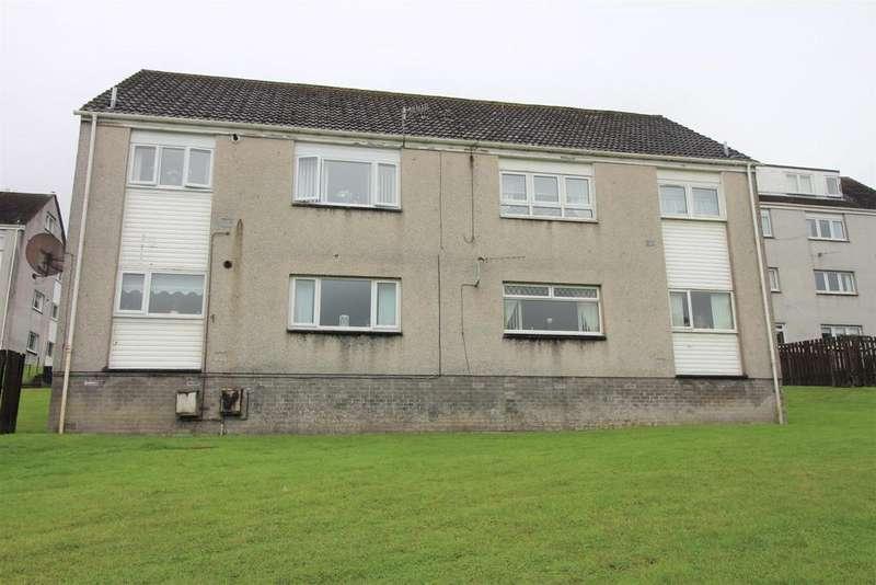 3 Bedrooms Apartment Flat for sale in Killearn Road, Greenock