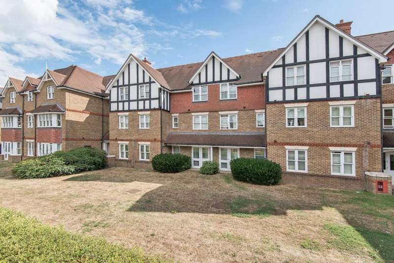2 Bedrooms Flat for sale in Bromley Road, Catford