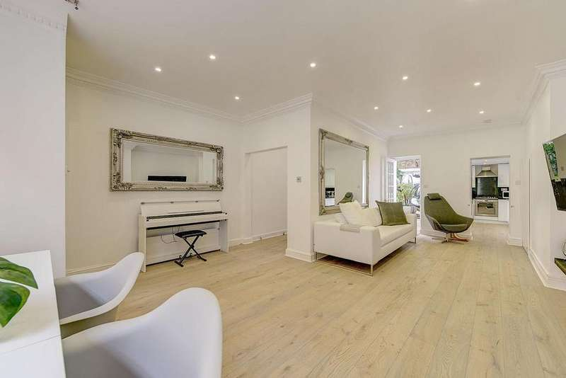 3 Bedrooms Terraced House for sale in Charles Lane, St John's Wood