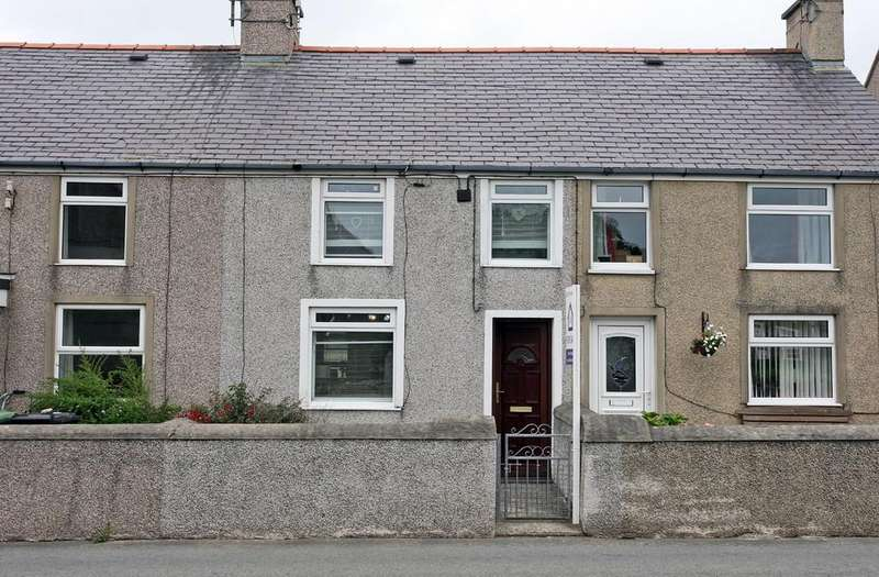 2 Bedrooms Terraced House for sale in Rehoboth Terrace, Llanfaelog, North Wales