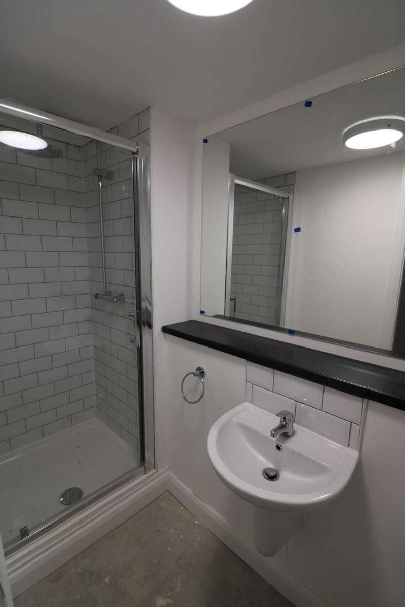 1 Bedroom House Share for sale in Fox Street Student Village