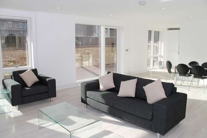 3 Bedrooms Apartment Flat for sale in Royal Waterside, Bodiam Court, Park Royal NW10