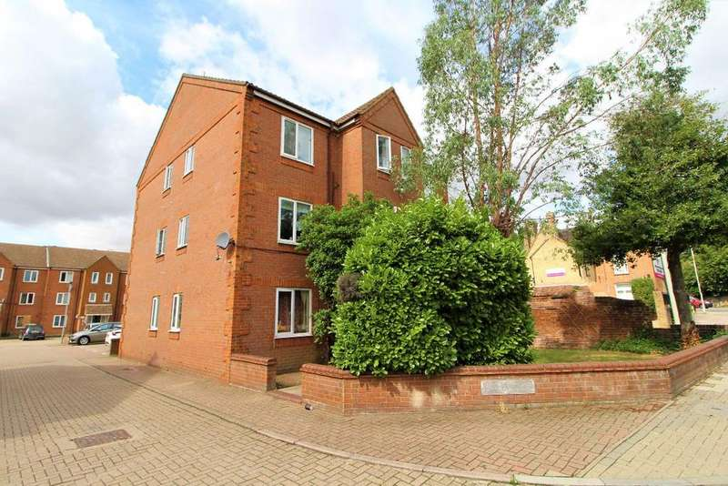 2 Bedrooms Apartment Flat for sale in The Finches, Ashburnham Road, Bedford, MK40 1JX