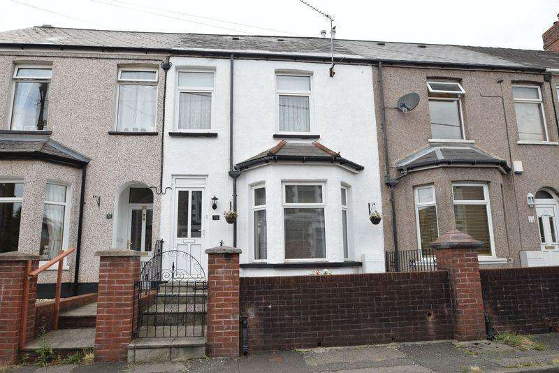 3 Bedrooms Terraced House for sale in Tynewydd Road, Cwmbran