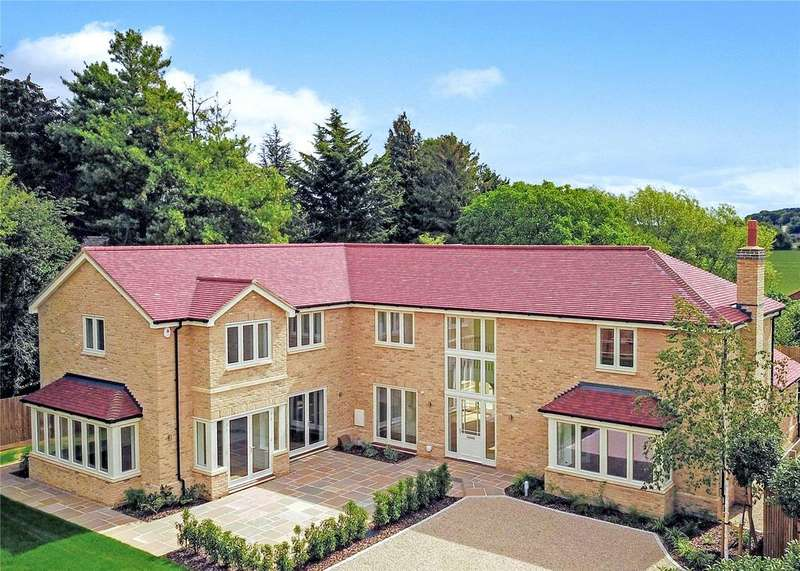 5 Bedrooms Detached House for sale in Woodside, London Road, Harston, Cambridge, CB22