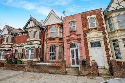 4 Bedrooms Terraced House for sale in Portsmouth, Hampshire