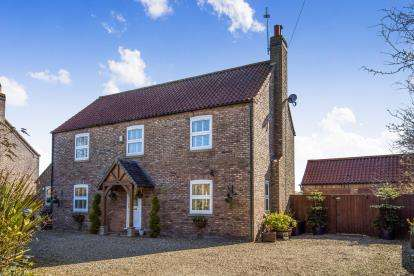4 Bedrooms Detached House for sale in Main Road, Maltby le Marsh, Alford, Lincolnshire