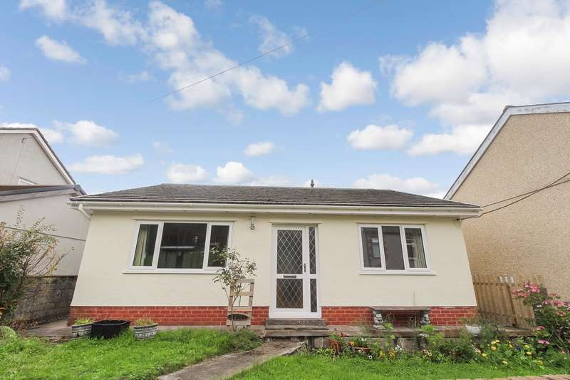 2 Bedrooms Bungalow for sale in Drysiog Street, Ebbw Vale, NP23