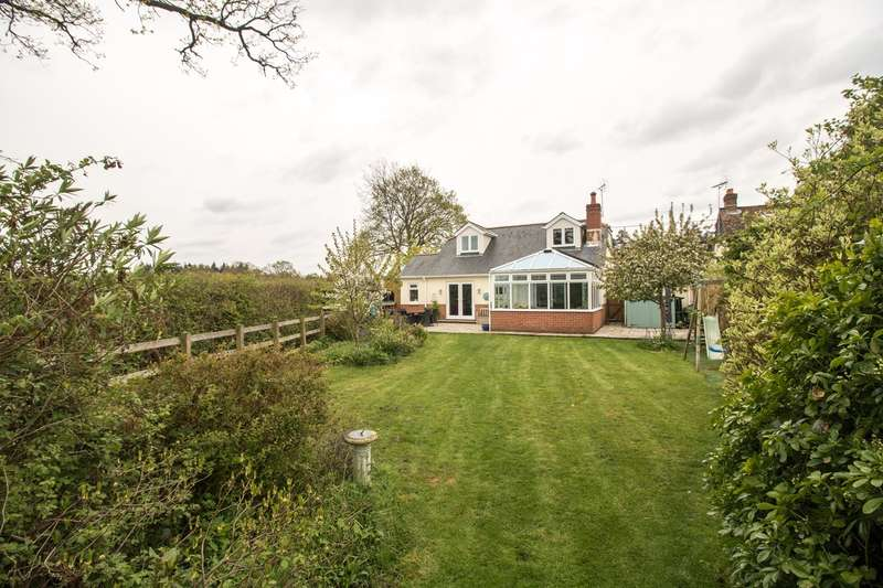 3 Bedrooms Detached Bungalow for sale in Alpine Road, Ashurst, Southampton, SO40