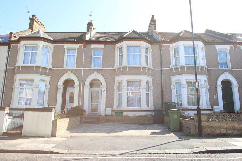 3 Bedrooms Semi Detached House for sale in Muirkirk Road , Catford, London