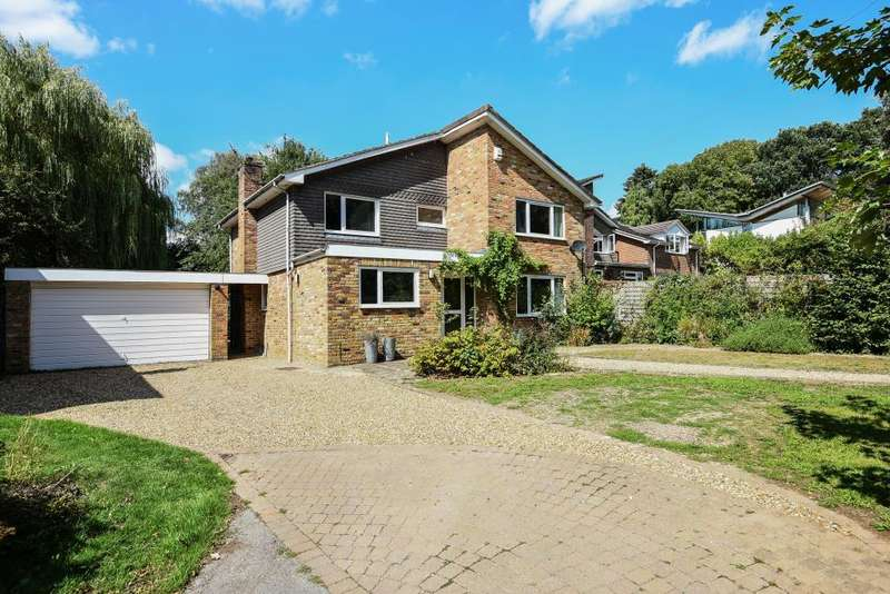 4 Bedrooms Detached House for sale in Hyde Heath, Buckinghamshire, HP6