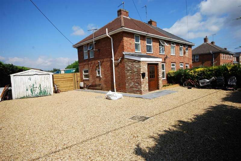 3 Bedrooms Semi Detached House for sale in Fleet Road, Holbeach, Spalding