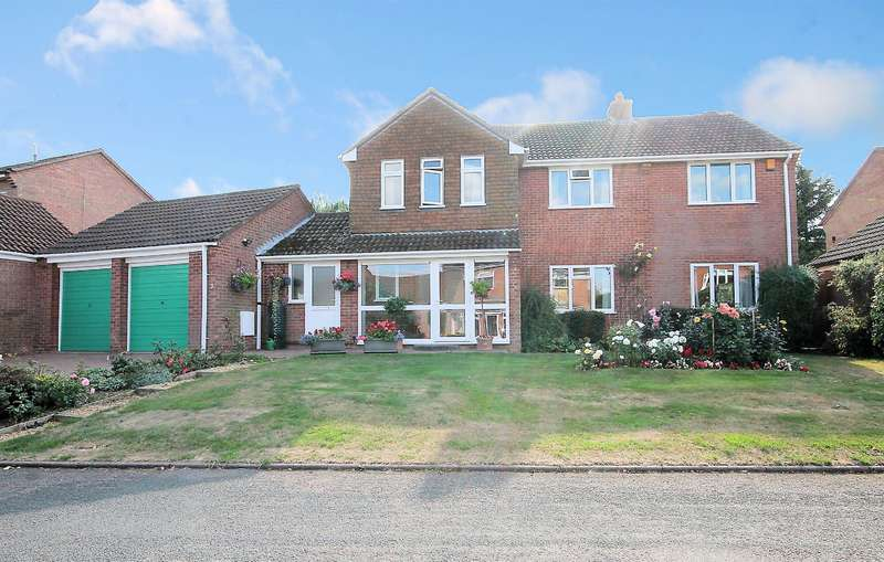 5 Bedrooms Detached House for sale in Sunningdale, Amington, Tamworth, B77 4NW