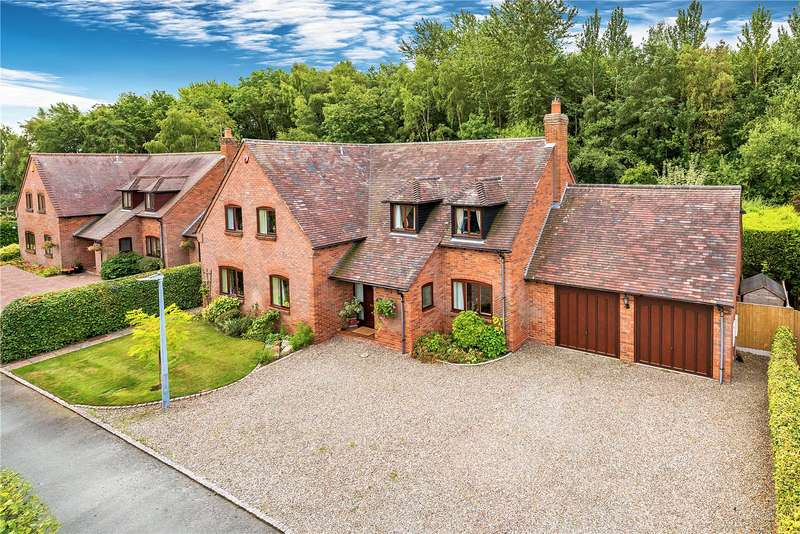 5 Bedrooms Detached House for sale in 2 Woodhouse Lane, Priorslee, Telford, Shropshire, TF2