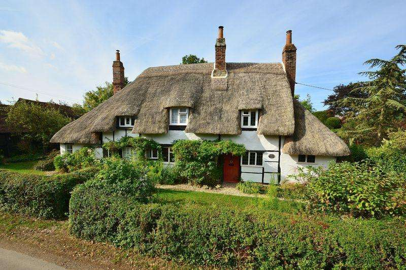 3 Bedrooms Cottage House for sale in Waterstock