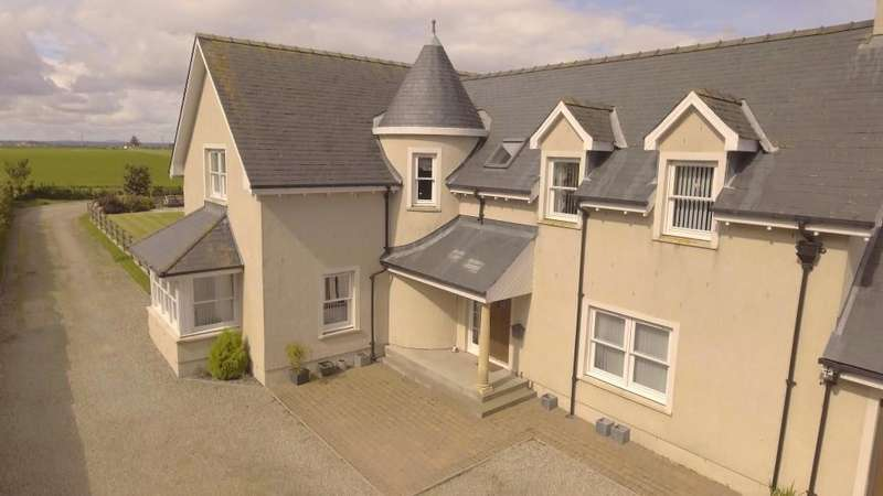 4 Bedrooms Detached House for sale in Abbotsfield Grange, Montrose