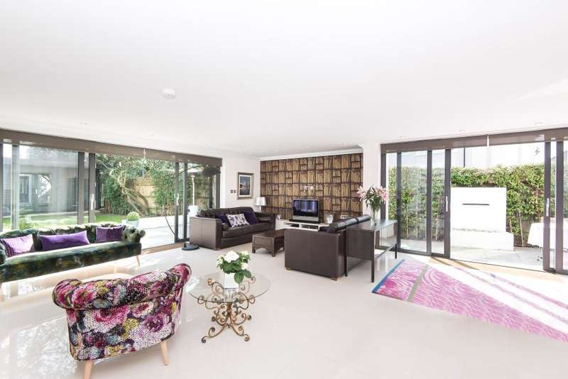 5 Bedrooms Detached House for sale in Melbourne Road, Teddington, TW11