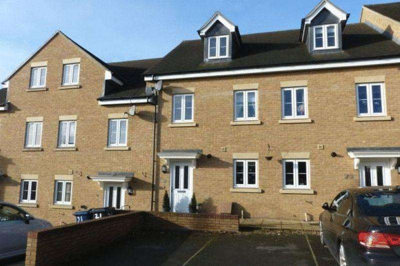 4 Bedrooms Town House for sale in Rosebery Avenue, High Wycombe