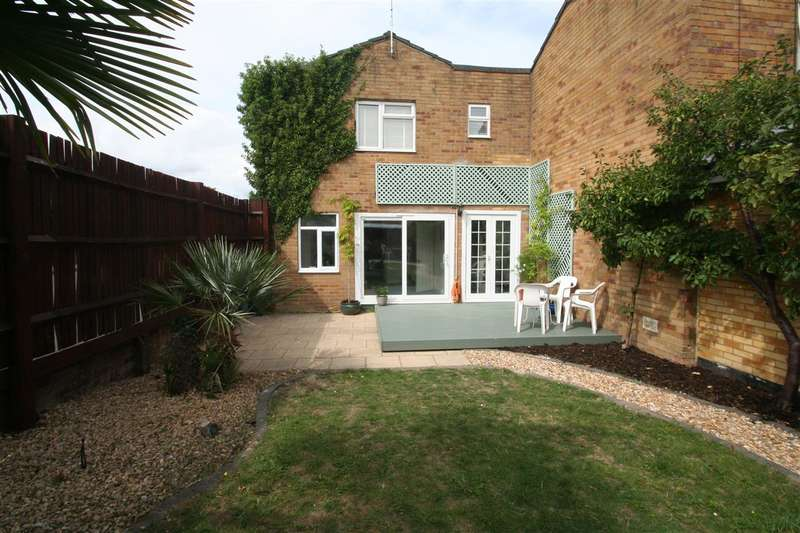 3 Bedrooms End Of Terrace House for sale in Winklebury, Basingstoke, Hampshire