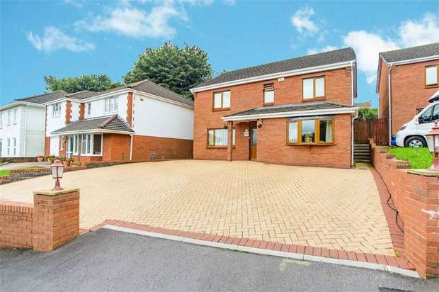 4 Bedrooms Detached House for sale in Bryngelli Park, Treboeth, Swansea, West Glamorgan