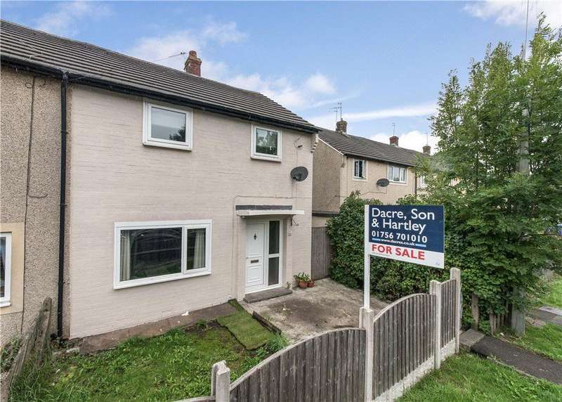 3 Bedrooms Semi Detached House for sale in Kenilworth Drive, Earby, Barnoldswick, Lancashire