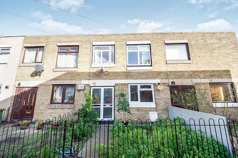 3 Bedrooms Property for sale in Abbotsbury Close, London, E15