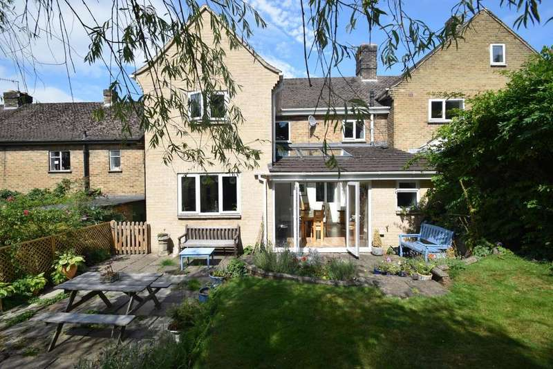 4 Bedrooms Semi Detached House for sale in Lea