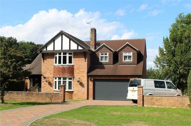 4 Bedrooms Detached House for sale in Worlebury Hill Road, Worlebury, Weston-super-Mare, North Somerset. BS22 9SG